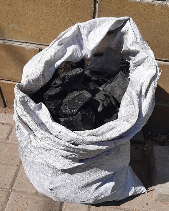 уголь древесный береза в мешках 10 кг